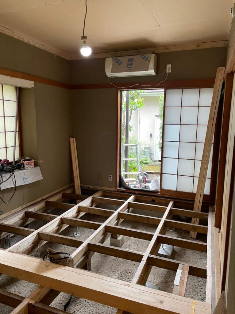 和室の床板がない状態